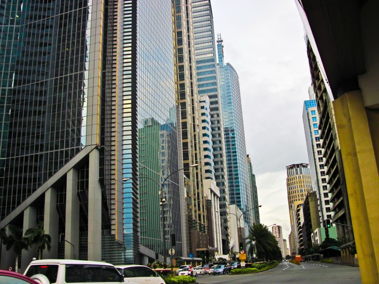 Alaya Avenue Buildings going to Makati Avenue Intersection