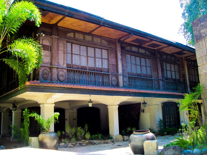 marcos ancestral home 5