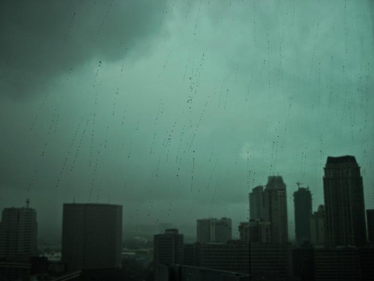 rainy day in makati 2_resize