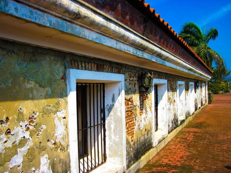 fort pilar upper cells