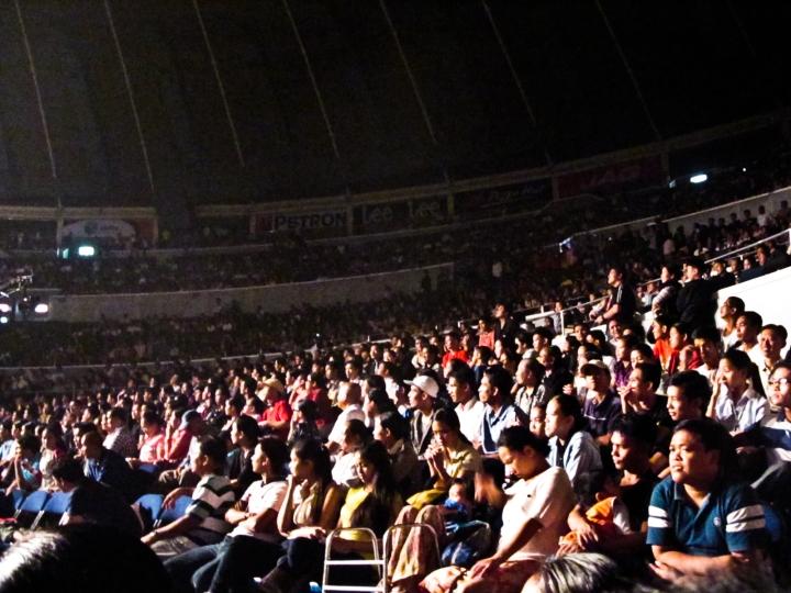 yconcon crowd 2