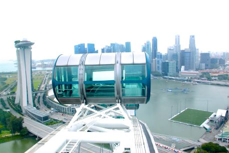 one-of-the-capsules-of-singapore-flyer
